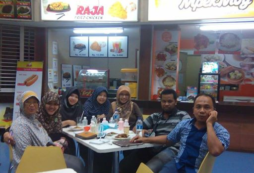 Meeting admin Komunitas Frozenfood Indonesia di Mpekmoy DETOS