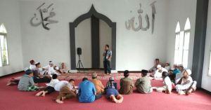 mengajar di ponpes tahfidz akbar