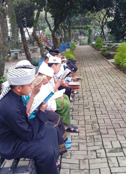 belajar di alam pesantren tahfidz akbar sentul